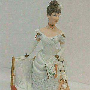 1986 Avon  Albee  Figure  White Porcelain Elegant